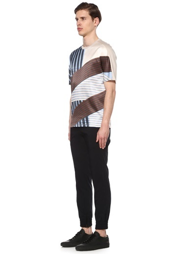 Tişört-Wooyoungmi